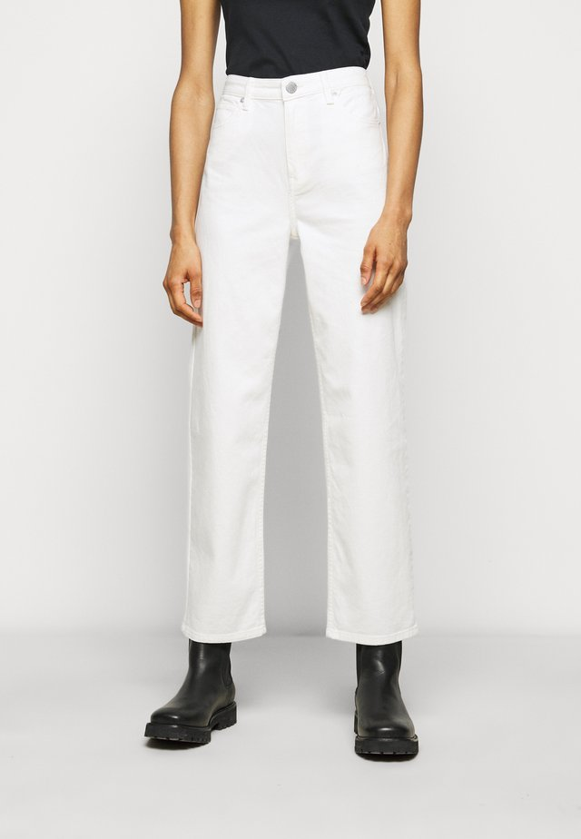 RAVEN THINKTWICE - Jeansy Straight Leg - bright white