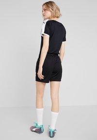 Puma - LIGA TRAINING SHORTS  - Sports shorts - black/white - 2
