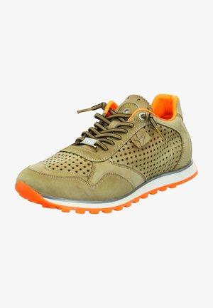 Trainers - cuero-orange