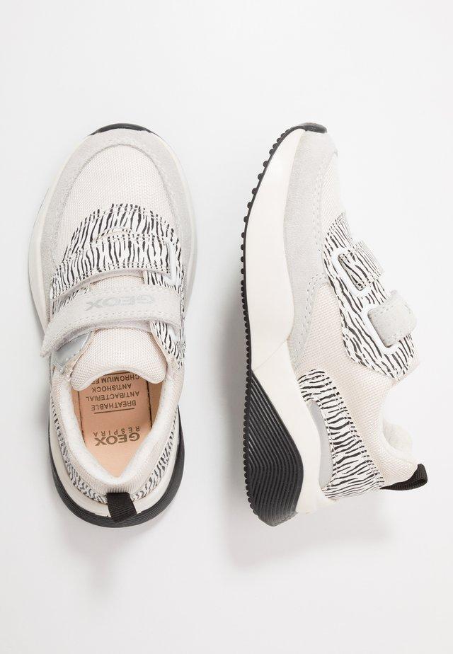 SINEAD GIRL - Sneaker low - white