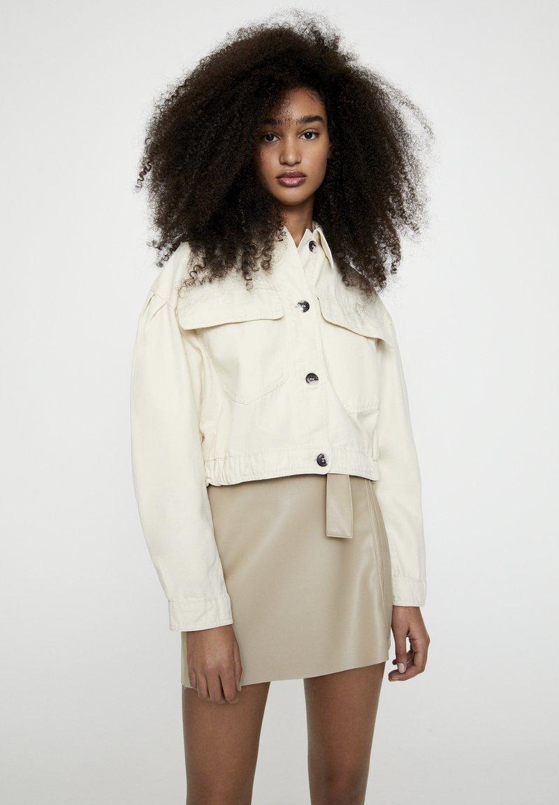 PULL&BEAR - Faux leather jacket - beige