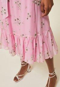 IVY & OAK - WRAP  - Day dress -  fine flower black - 3