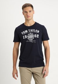 TOM TAILOR - LOGO TEE - Print T-shirt - navy blue - 0