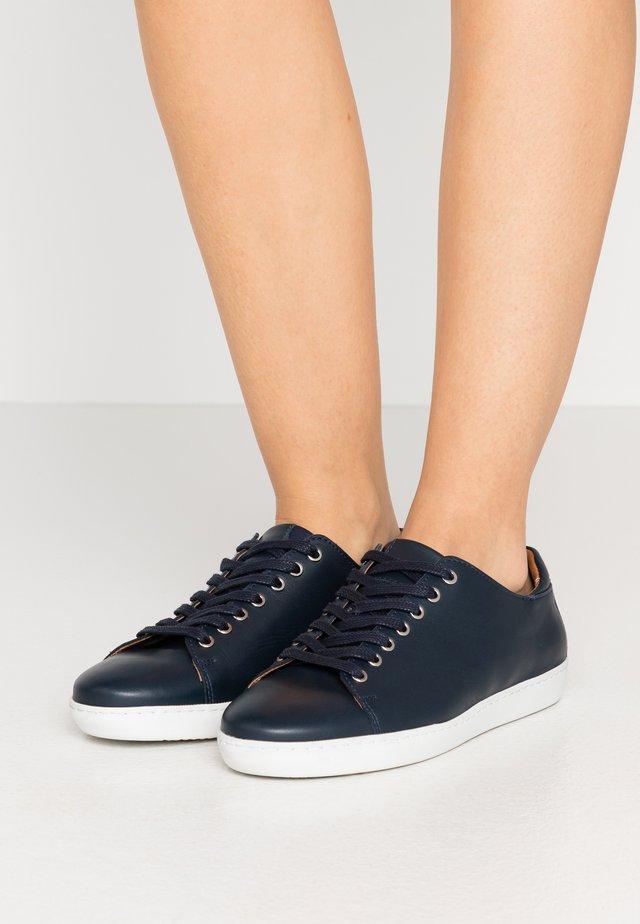 HALLIE - Sneakers laag - navy