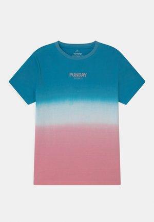 JUAREZ - Print T-shirt - blue