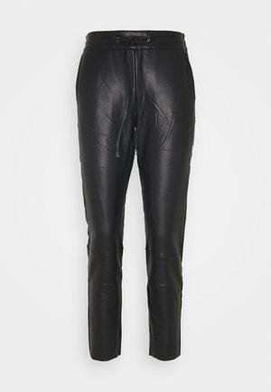 KAVILLA PANTS  - Kalhoty - black deep
