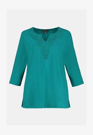 CLASSIC - Long sleeved top - karibikgrün