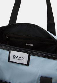 DAY ET - GWENETH FOLD BAG - Tote bag - surf spray - 2
