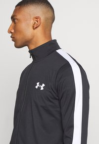 Under Armour - EMEA TRACK SUIT - Träningsset - black - 5