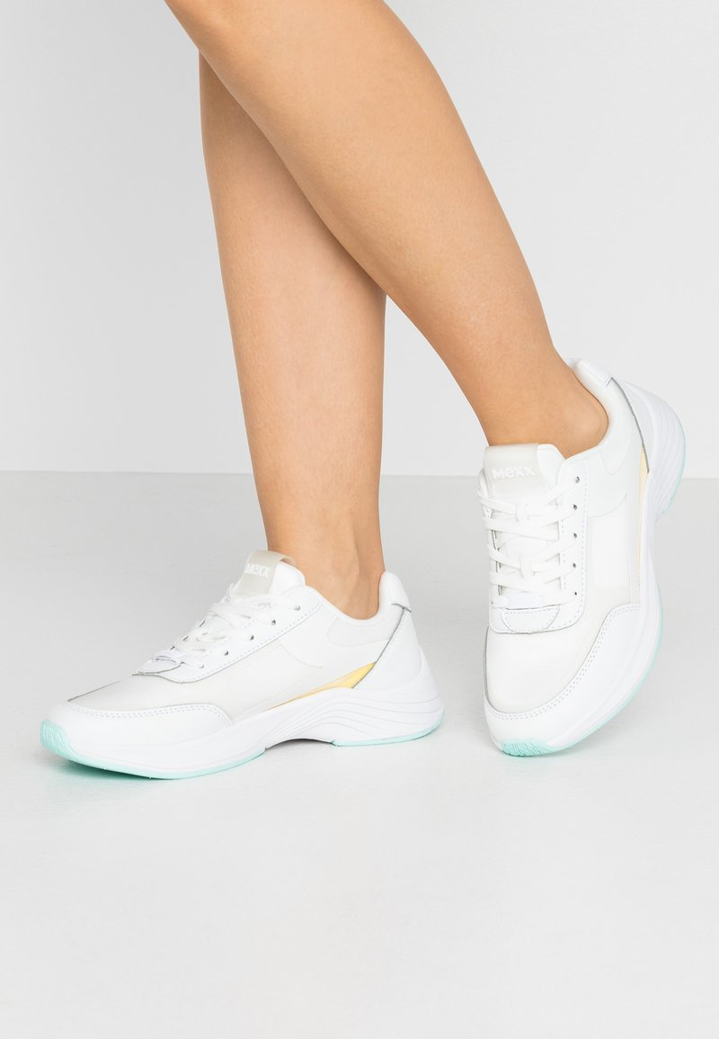 Mexx - EVI - Sneakersy niskie - white/yellow
