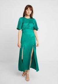 Topshop - AUSTIN - Długa sukienka - green - 2