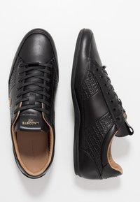 Lacoste - CHAYMON - Tenisky - black/gold - 1