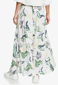 Roxy - Maxi skirt - snow white large praslin - 2