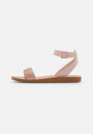 KEDAREDIA - Sandalias - light pink