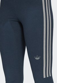 adidas Originals - TIGHTS - Leggings - Trousers - crew navy/white - 3