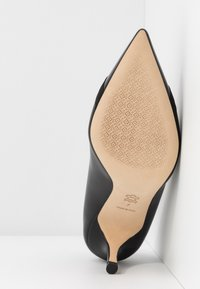 Tory Burch - PENELOPE CAP TOE  - Czółenka - perfect black - 6