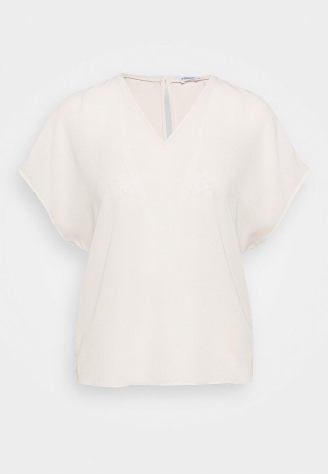 EMERY - Jednoduché triko - ivory