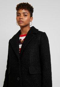 Vero Moda - VMCOZYDIANA JACKET - Classic coat - black - 5