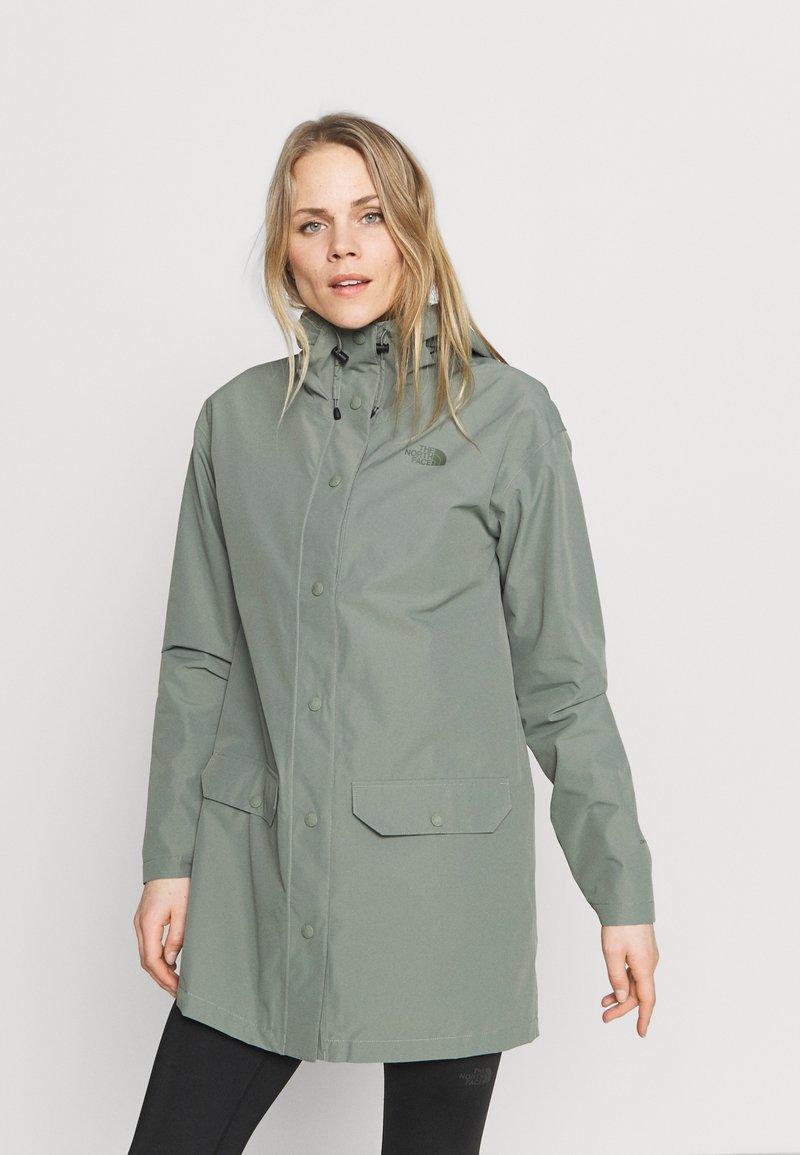 The North Face - WOODMONT RAIN JACKET - Regnjakke - agave green