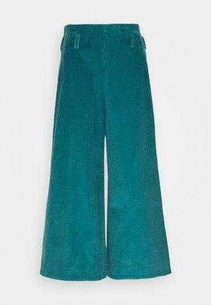 CORDUROY PANTS - Kalhoty - green