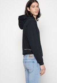 Replay - JONDRILL - Jeans Skinny Fit - light blue - 4