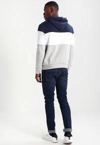 Pier One - Hoodie - light grey/dark blue - 2