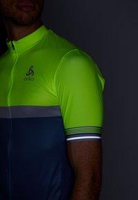 ODLO - STAND UP COLLAR FULL ZIP - Print T-shirt - safety yellow neon/bering sea - 3