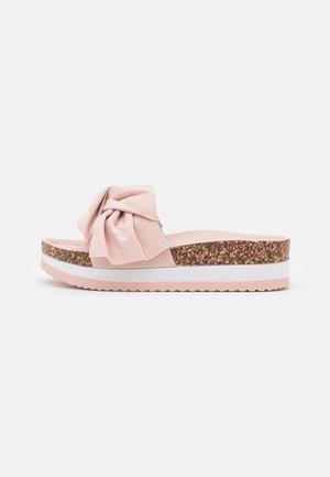 Muiltjes - light pink