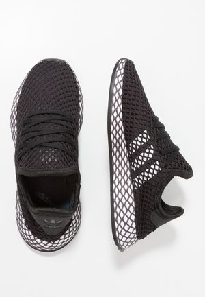 DEERUPT RUNNER - Matalavartiset tennarit - core black/footwear white/grey five