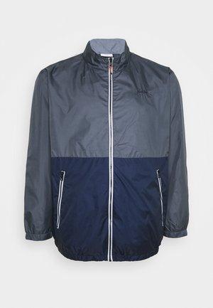 JJHUNTER LIGHT JACKET  - Summer jacket - ombre blue