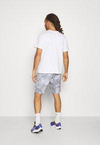 Ellesse - ALVESO SHORT - Sports shorts - grey - 2