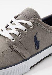 Polo Ralph Lauren - Sneakers laag - athletic grey - 5