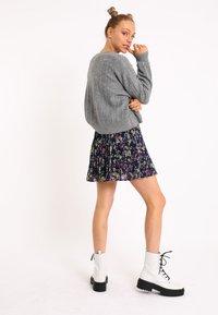 Pimkie - A-line skirt - schwarz - 1