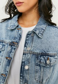 TALLY WEiJL - Denim jacket - bleached denim - 3