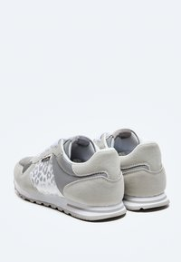 Pepe Jeans - VERONA W STAIN - Trainers - plata - 3