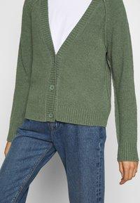 Esprit - SLUBSEAMING - Cardigan - khaki green - 5