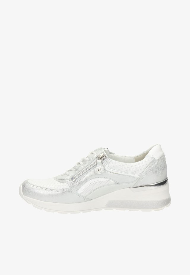 CLARA  - Sneakers laag - wit