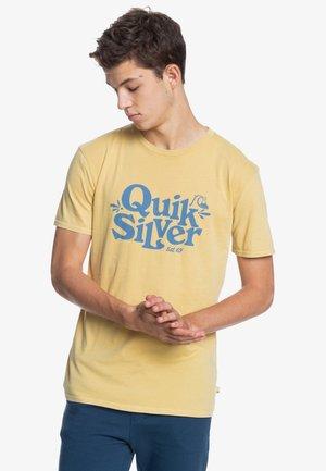 TALL HEIGHTS  - Print T-shirt - rattan