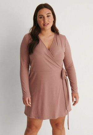 Jumper dress - dusty dark pink