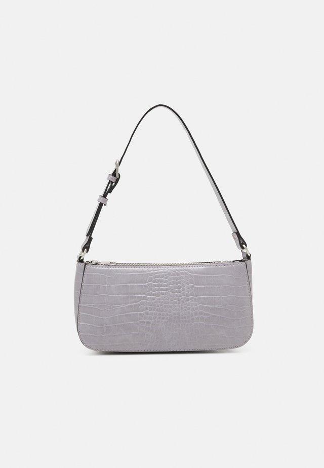 BAG ELLA CROCO - Handtasche - lilac