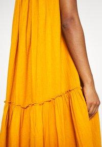 Leon & Harper - RAIA PLAIN - Maxi dress - curry - 6