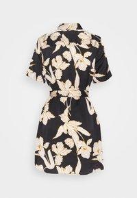 Object Petite - OBJLAUREN DRESS - Denní šaty - black - 1