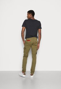 Alpha Industries - PETROL PATCH - Cargo trousers - oliv - 2