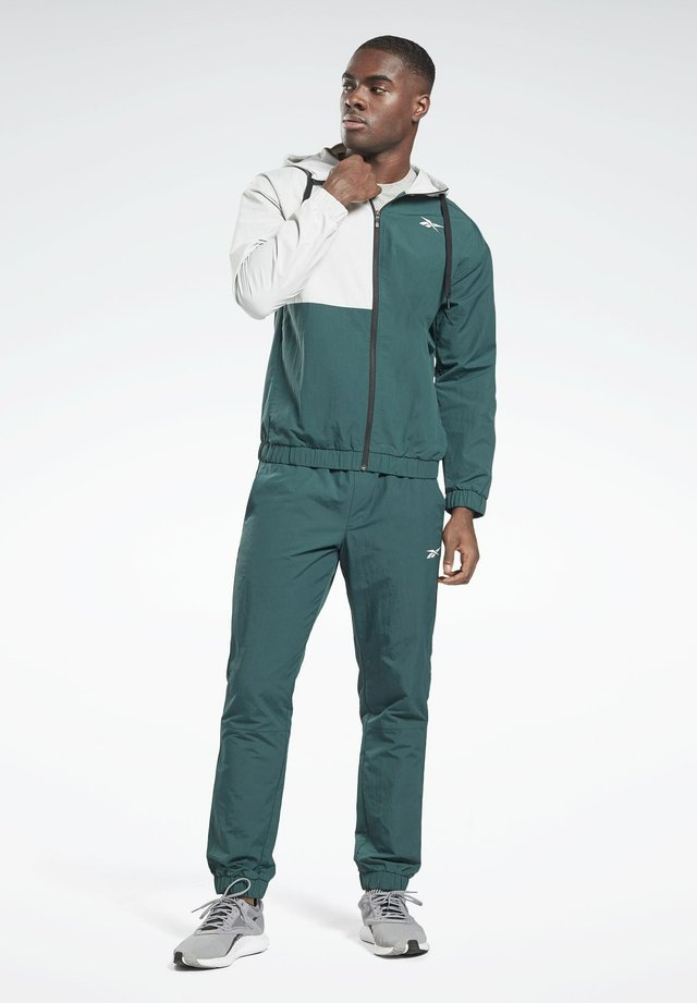 WOVEN TRACKSUIT - Trainingsanzug - green
