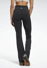 Reebok - PAUL POGBA BOOTCUT WORKOUT READY SPEEDWICK REECYCLED - Pantalones deportivos - black - 2