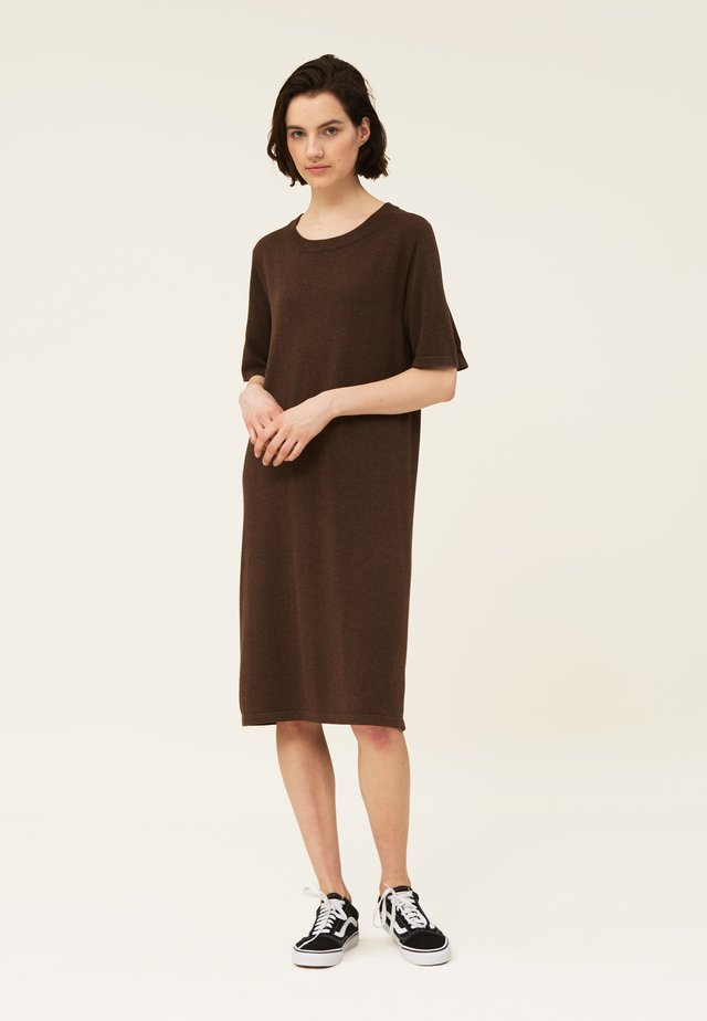 AMY - Jumper dress - brown