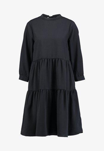 YASMELLE DRESS