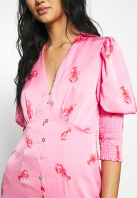 Never Fully Dressed - PINK LOBSTER DRESS - Kjole - pink - 7
