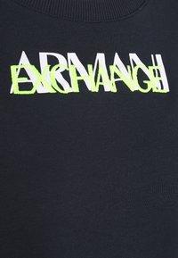 Armani Exchange - FELPA - Sweatshirt - blueberry jelly - 2