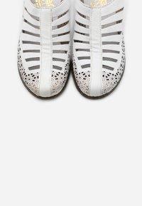 Rieker - Sandals - hartweiß - 5